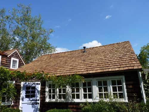 wood-shake-roofing-installation8
