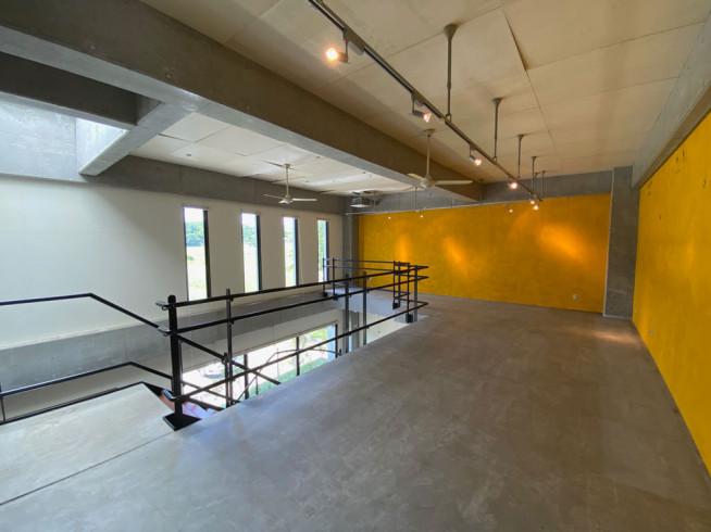 2階 ショップ・ギャラリー・オフィスなどマルチに利用できるスペース